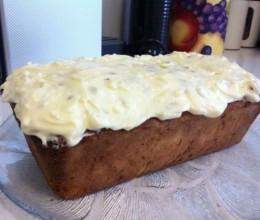 西葫芦奶油奶酪蛋糕-Zucchini Cake with cream cheese icing