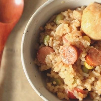 青豆玉米腊肠火锅杂焖饭