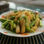 干炒蒜苔土豆条