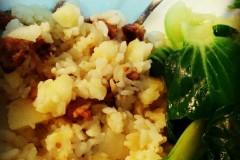 辣香肠土豆焖饭