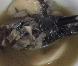 乌鸡莲藕汤