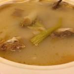 酸萝卜鲫鱼汤