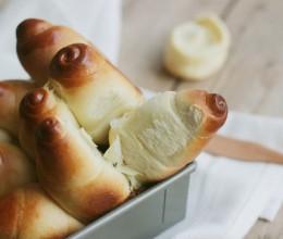 黄金羊角面包