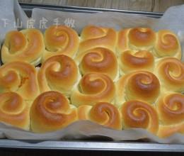 各种口味的小小面包卷