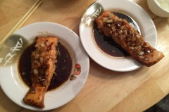 烤三文鱼(红糖和米醋)