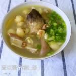 薏米莲子猪肚汤