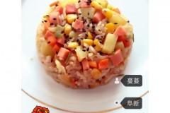 自制香肠土豆焖饭
