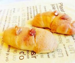 咖啡果仁墨西哥面包卷(独家)松下面包机附椰蓉顶面包