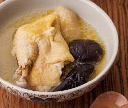 姬松茸竹荪炖鸡