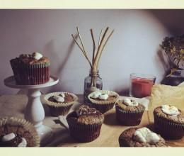 【my little nordic kitchen】肉桂可可棉花糖纸杯蛋糕