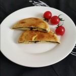 鸡蛋黑芝麻糊饼