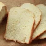 东菱魔法云智能面包机之一键式面包