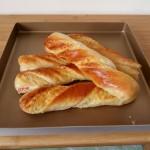 椰蓉奶棒面包