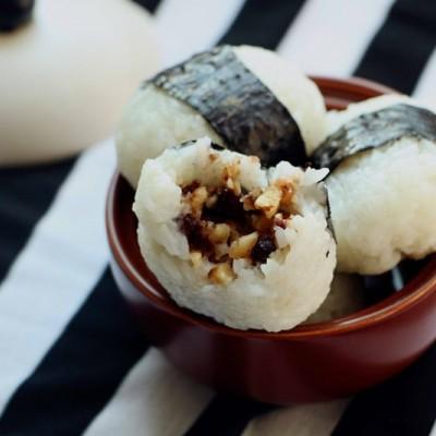 核桃蜜豆饭团