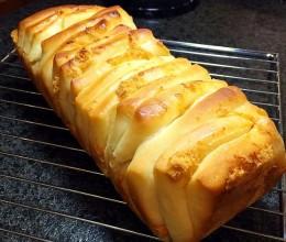 手撕千层肉松面包