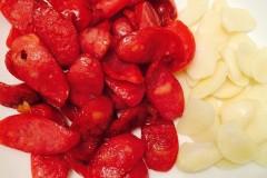 台湾香肠配蒜瓣