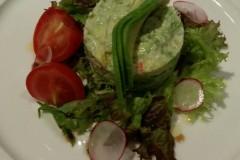 阿拉斯加长腿蟹肉牛油果沙拉
