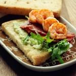 牛油果烤虾三明治(附牛油果抹酱做法)