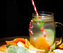 CITRUS DETOX WATER 柑橘排毒水