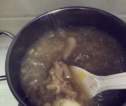 猪蹄糯米生姜养生美容粥