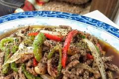 黑胡椒蚝油牛柳