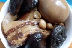 卤五花肉+蛋+香菇