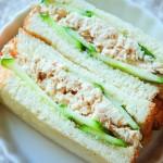 黄瓜金枪鱼三明治
