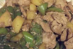 青椒炒鸡脯肉