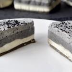 黑芝麻慕斯蛋糕(视频菜谱)