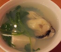 生蚝芫茜豆腐汤