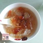 桃膠雪蓮子糖水
