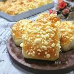 奶香酥粒面包