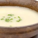 奶白鱼汤(鱼汤怎么炖白)