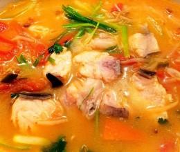 番茄酸汤鱼(美国鲶鱼版)