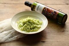 橄榄油拌黄瓜