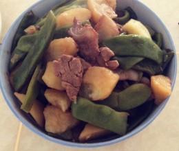 东北菜:油豆角炖土豆