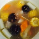 德琅厨房—玉米排骨汤