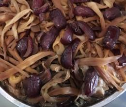 台山风味黄花菜蒸鸡
