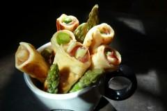 戲食記--魚酥蘆筍