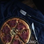 萨拉米披萨--简单的食材一样好吃