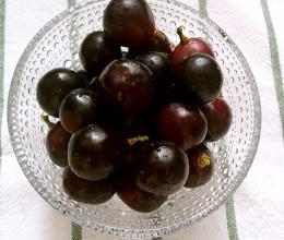 清洗葡萄/孕期维生素补充