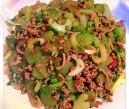 小辣椒肉沫芹菜-超级下饭