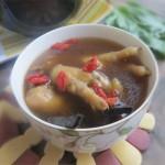 三高人群吃什么好,紫灵芝枸杞凤爪汤