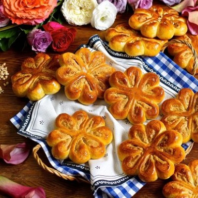【幸福四叶草】香浓花生奶酥四叶草面包