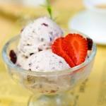 清凉冰爽蔓越莓奶油冰淇淋