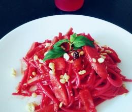 甜菜根——红色意面
