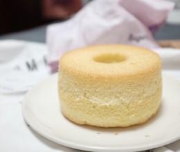 六寸中空戚风蛋糕