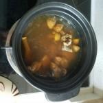 姬松茸耗干排骨汤