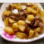 土豆粉条炖肉