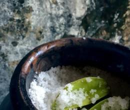 盐渍酸杨桃